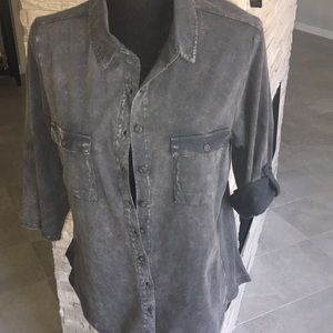Cotton 3/4 sleeves buttons down shirt